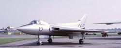 Эксперементальный бомбардировщик Avro 707