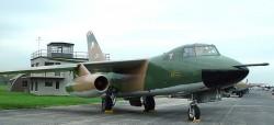 Тактический бомбардировщик Douglas B-66 Destroyer