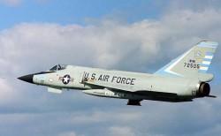 Истребитель-перехватчик F-106 Delta Dart