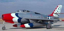 Истребитель Republic F-84F Thunderstreak
