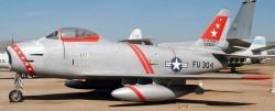 Истребитель-бомбардировщик F-86H Sabre