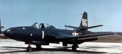Палубный истребитель McDonnell FH-1 «Phantom»