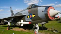 Истребитель Lightning F.6