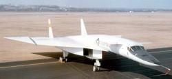 Опытный бомбардировщик North American XB-70 Valkyrie