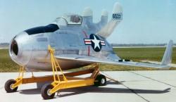 Истребитель McDonnell XF-85 Goblin