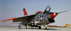 Экспериментальный истребитель XF8U-3 «Crusader III»