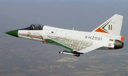 Многоцелевой истребитель LCA Tejas