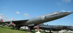 Стратегический бомбардировщик М-50