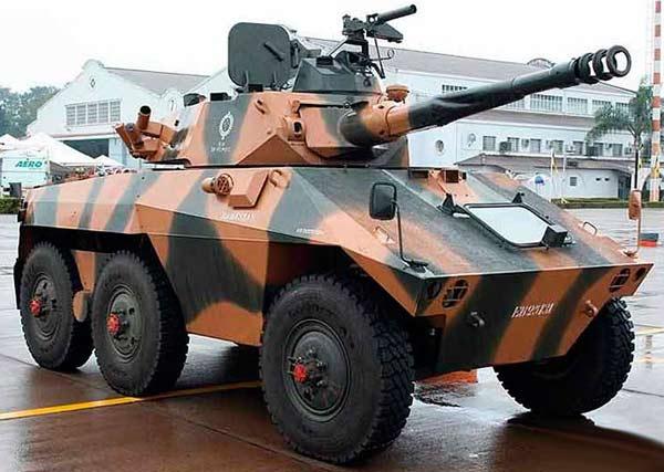 Колёсный бронетранспортёр Engesa EE-9 Cascavel