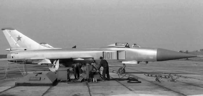 Опытный перехватчик Су-15Т