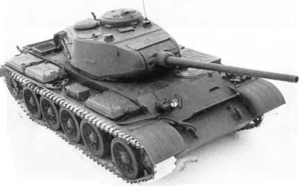 части корпуса танка и во