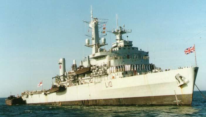 Десантные корабли типа HMS Fearless