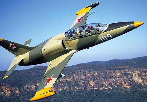 Учебно-боевой самолет L-39 Albatros (