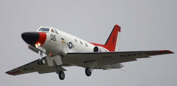 Учебно тренировочный самолёт t 39 sabreliner