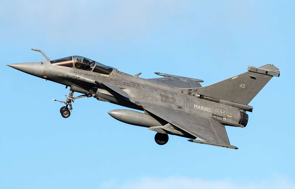 Палубный истребитель Dassault Rafale M