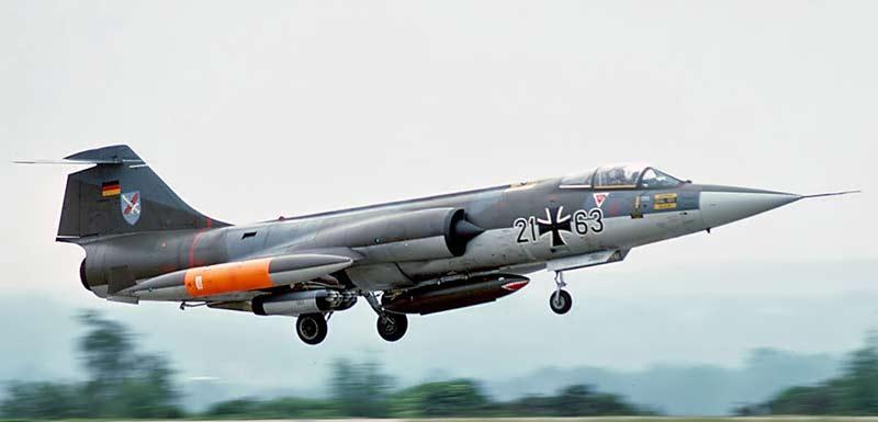 Истребитель F-104 Starfighter